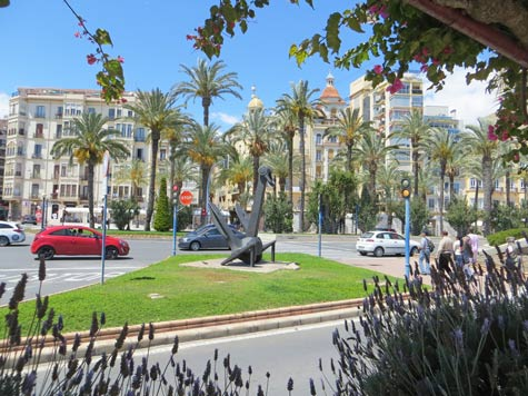 Alicante Tourist Information And Vacation Guide